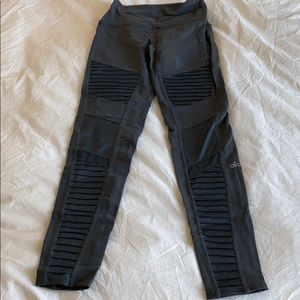 High waisted moto leggings from Alo